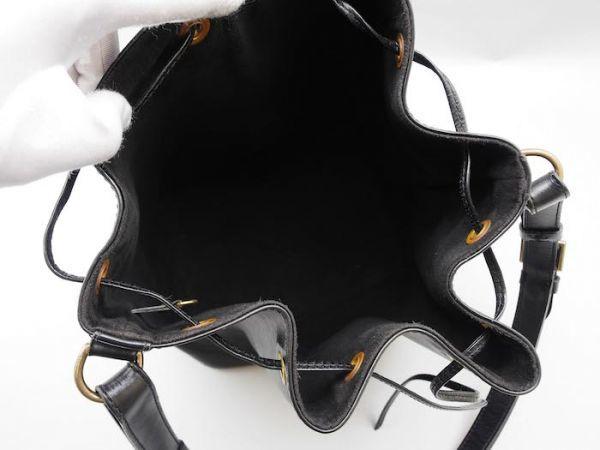■【使用わずか】ルイヴィトン Louis Vuitton エピ プチノエ 極美品 ショルダーバッグ ノワール 定価約13万_画像9