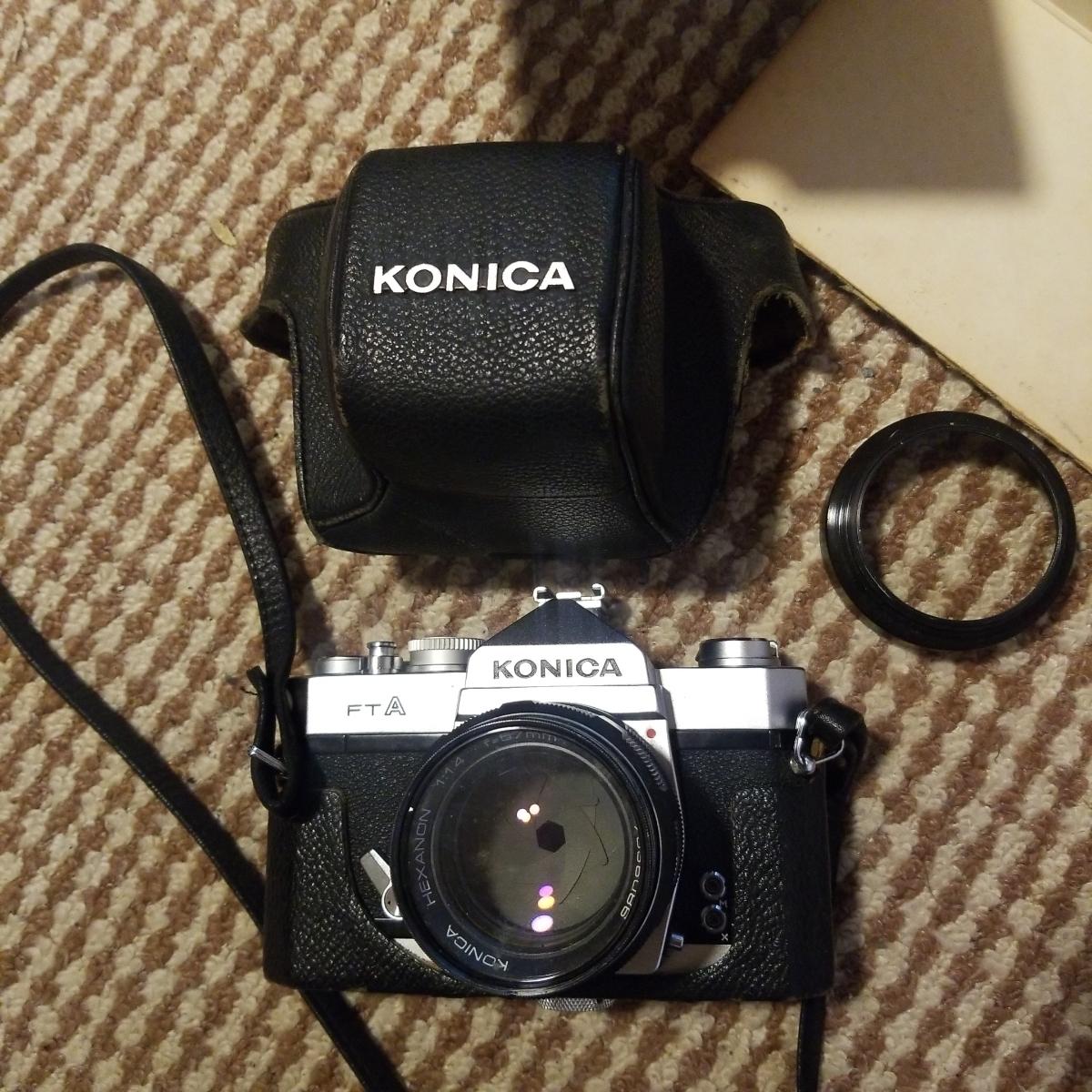 コニカ FTAカメラ+HEXANONレンズ57mm ジャンク