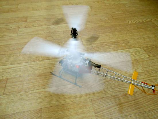 ■ヒロボー XRB SR ラマ スカイロボ 同軸反転方式室内用RC電動ヘリ SKY ROBO lama_画像4