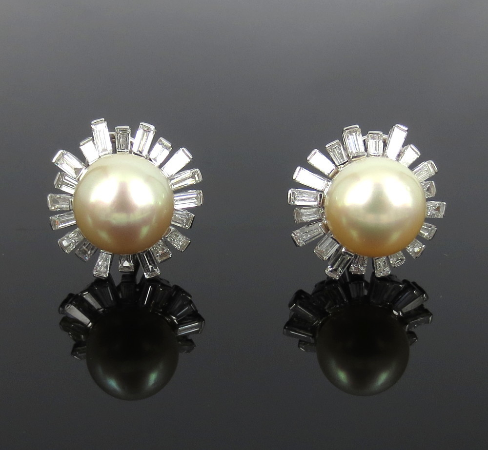 ◆美品◆5.0ct バゲットカット ダイヤモンド◆《13.5mm 南洋パール 真珠》【14金ホワイトゴールド 14K】《イヤリング》_画像1