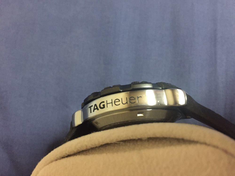 中古美品 タグホイヤー フォーミュラ1 WAH1111 クォーツ ラバーベルト 文字盤 白_画像4