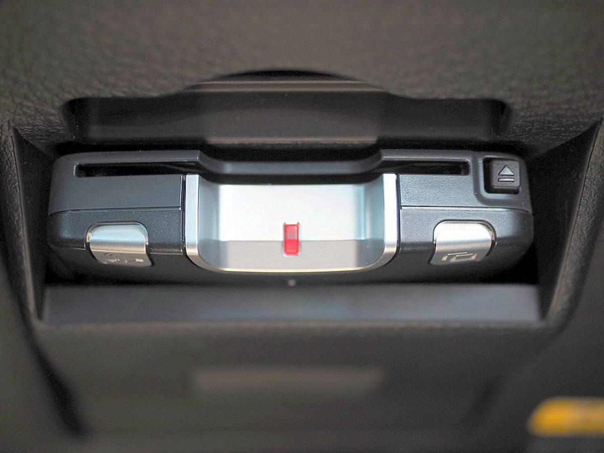21年式 エクシーガ 2.0GT 4WD ターボ HDDナビ TV 後席FDモニター リアカメラ ETC HID SI-DRIVE プッシュスタート スマートキー 車検2年7月_画像8