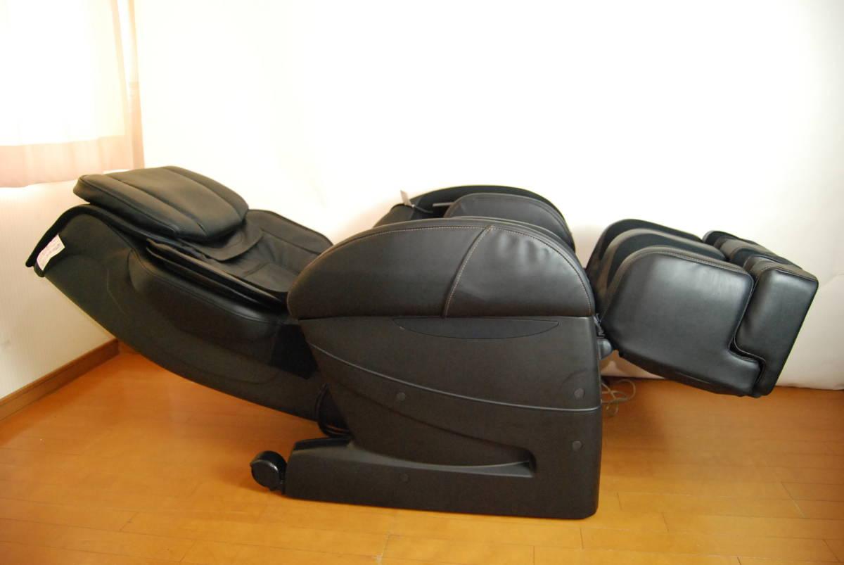 使用少・美品 フジ医療器 SKS-5600(AS-860の上位モデル) 高級マッサージチェア 足裏ヒーター搭載 禁煙・ペット無し環境での使用品_画像3