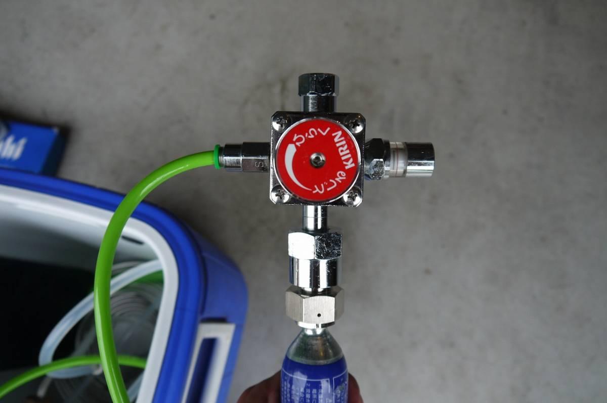 氷冷式 ビールサーバー 炭酸ボンベ付き 電源不要 コールマン コイル式_画像8