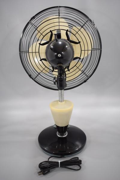 動確 東京芝浦電気 東芝 ライト付き 扇風機 夕顔 昭和30年代 TOSHIBA レトロ アンティーク ビンテージ ランプ 照明 K-82_画像7