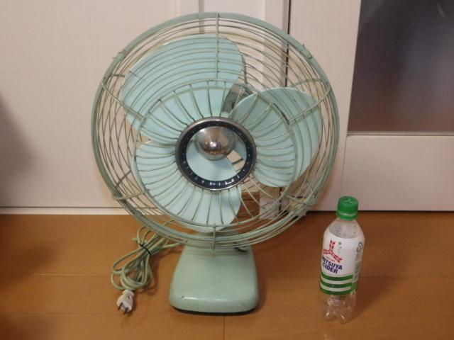 ◆昭和レトロ 三菱 A.C. ELECTRIC FAN/扇風機 羽根径約30cm 首振り DM-12GD 薄青磁◆