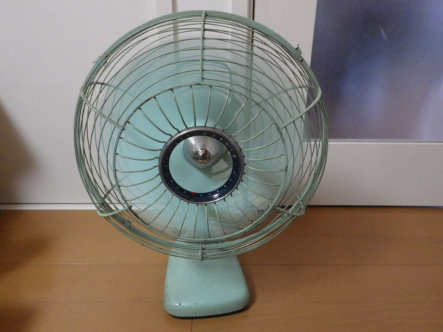 ◆昭和レトロ 三菱 A.C. ELECTRIC FAN/扇風機 羽根径約30cm 首振り DM-12GD 薄青磁◆_画像2