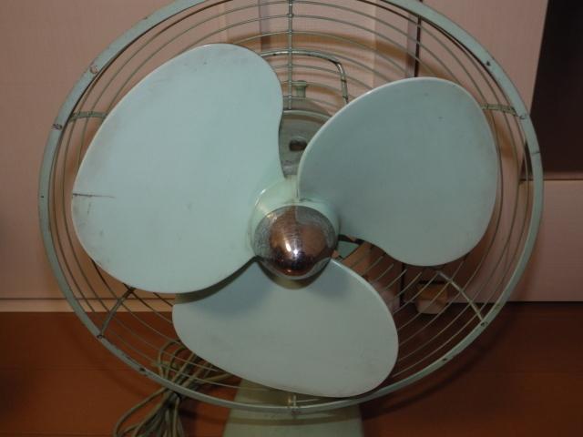 ◆昭和レトロ 三菱 A.C. ELECTRIC FAN/扇風機 羽根径約30cm 首振り DM-12GD 薄青磁◆_画像6