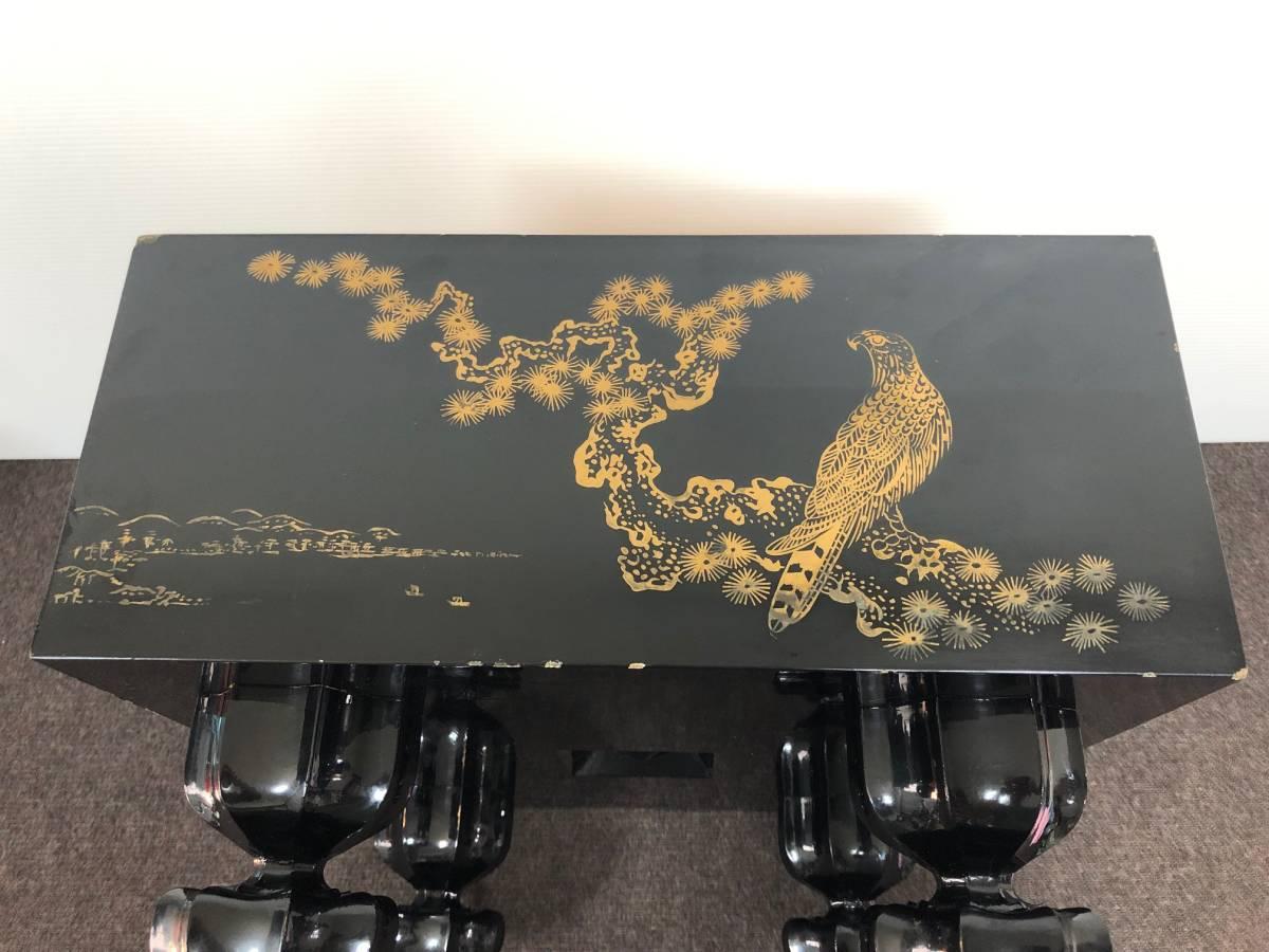【中古】碁盤 黒漆塗り 金蒔絵 松鷹図 60号(厚さ18cm)_画像4