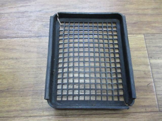 【№3384】カワサキ Z1/Z2 エアクリーナーボックス 純正品 当時物 ④_画像6