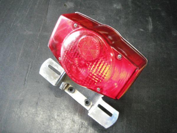 ホンダ CB750FOUR  テールランプ 実動品(昭和名車絶版 K2 k4 K6 フォア 国内 返品可能 実動走行車両より