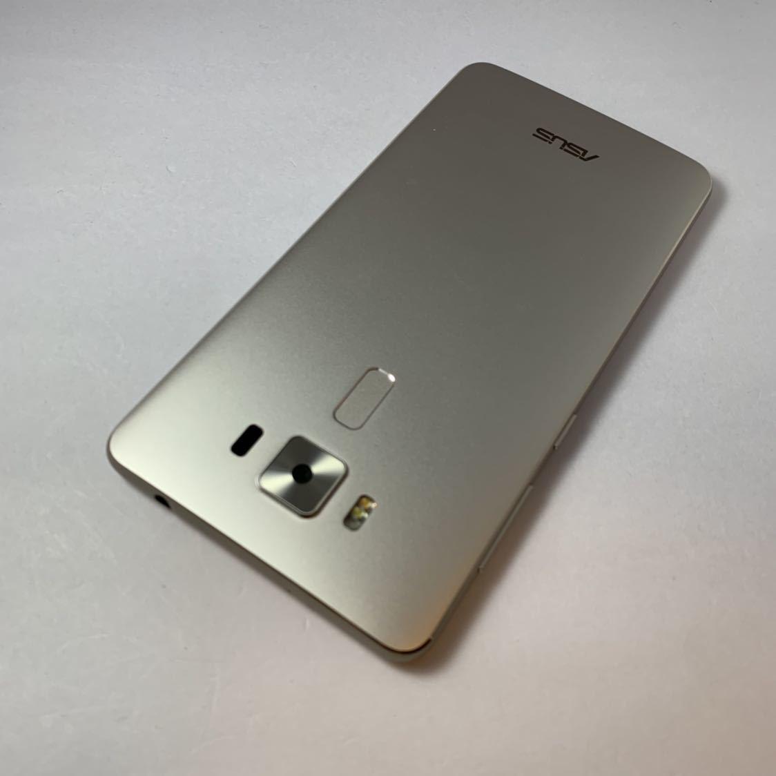 ASUS Zenfone 3 Deluxe 5.5 ZS550KL 64GB SIMフリー 本体 Z01FD ゴールド 海外版