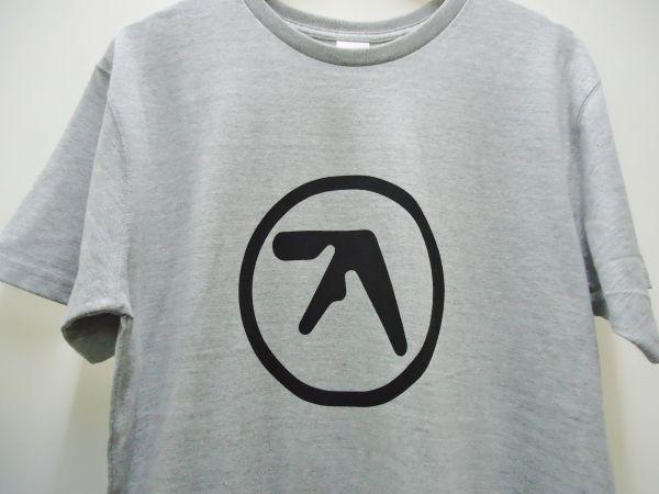 【送料無料】Aphex Twin 杢グレー ロング丈 Tシャツ【新品未使用】Unitedathle 5.6オンス エイフェックス・ツイン ロゴ Mサイズ テクノ 灰_画像2