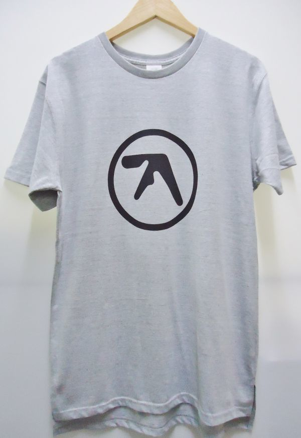 【送料無料】Aphex Twin 杢グレー ロング丈 Tシャツ【新品未使用】Unitedathle 5.6オンス エイフェックス・ツイン ロゴ Mサイズ テクノ 灰