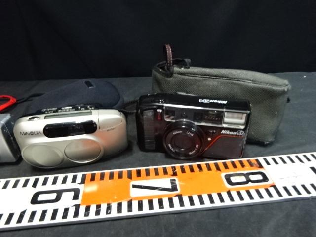 BO-62/Nikonニコン AD MINOLTAミノルタ capios75コンパクトフィルムカメラ 京セラFinecam L3Vデジカメ等まとめて ジャンク_画像2