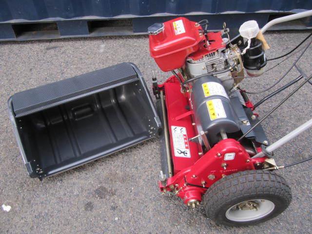 超美品 共栄社バロネス グリーンモア エンジン芝刈機 LM22GF BARONESS 芝刈り機 【点検整備済】使用期間短い 巾55cm_画像7