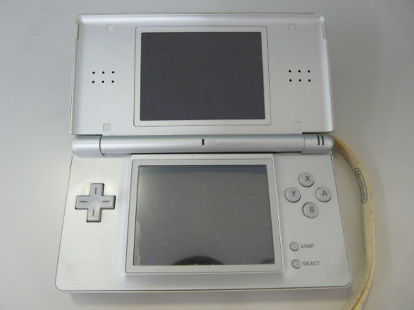 GAME ゲーム YAMADA SPECIAL PACK for Newニンテンドー3DS ニンテンドーDS lite 2体 DSソフト10本 SFCソフト1本 その他セット_画像2