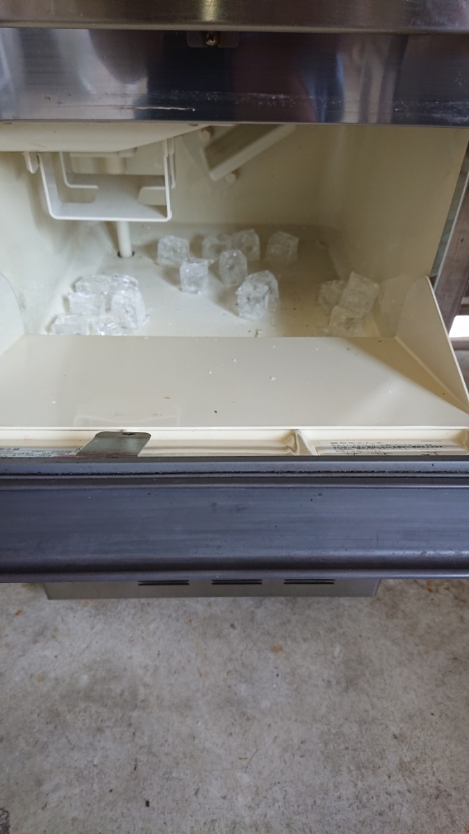 メンテナンス&薬品洗浄済み ホシザキ業務用製氷機IM-25L_画像6