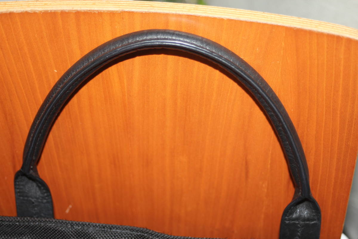 ★調整できるハンドルで肩掛け可能★TUMIトゥミ★「Style 22157」コンパニオントートバッグ★ビジネスブラック★とてもキレイな状態です♪_画像7
