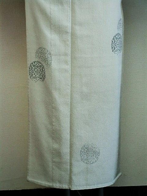 ★つばめ★ 単衣~お召し着物・丸い柄・淡いカーキグリーン~正絹紬_画像4
