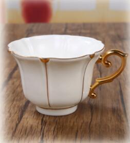 26B450 コーヒーカップ&ソーサー 家庭用 陶器製ミルクティーカップヨーロッパ式 15点セット ティー兼用 コーヒーポット ミルク壺 砂糖つぼ_画像7