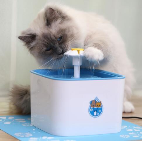 04D070 ペット用品 犬 猫 自動 ループ 出水機 水 水を飲む用 ミュート 2.5L 900g_画像2