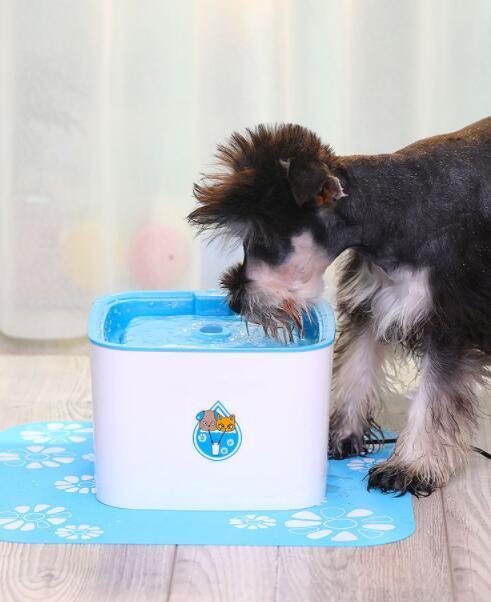 04D070 ペット用品 犬 猫 自動 ループ 出水機 水 水を飲む用 ミュート 2.5L 900g_画像7