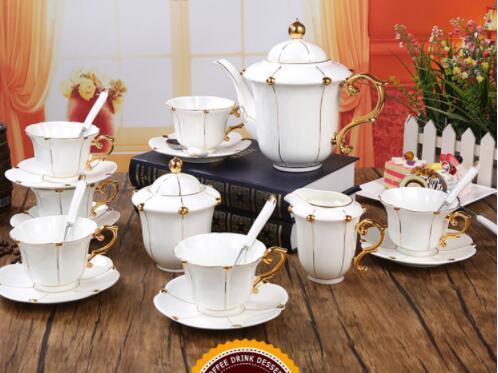26B450 コーヒーカップ&ソーサー 家庭用 陶器製ミルクティーカップヨーロッパ式 15点セット ティー兼用 コーヒーポット ミルク壺 砂糖つぼ