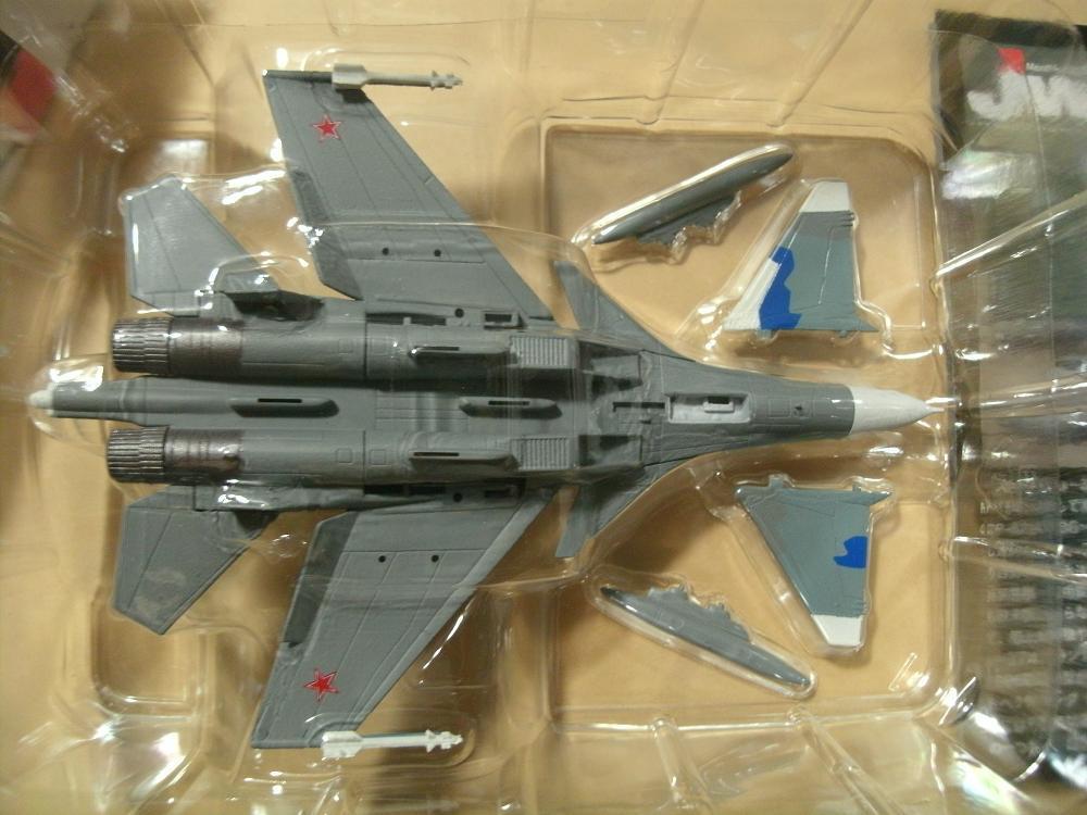 1/144 Jwings Jウイング Su-37 フランカー スホーイ設計局 1996 カフェレオ 冷戦時代の翼 ロシア空軍_画像2