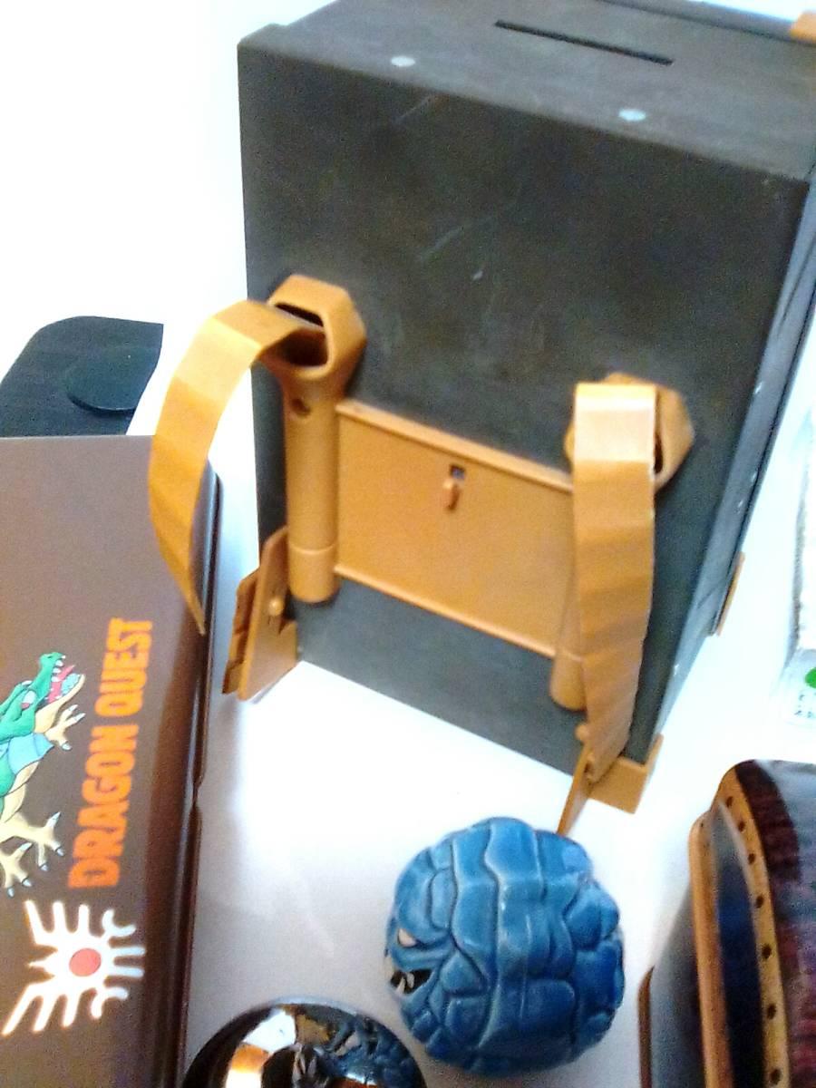 即決 ドラゴンクエスト11種 鉄の金庫 カンペン 商人の宝箱 銀のタロット武器防具ハンカチ 爆弾岩 メタル メタルキング ドラクエ_画像4