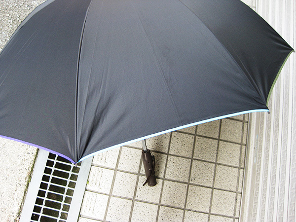 暑い日のゴルフもこれで安心!涼風パラソル 扇風機付き 日傘 (晴雨兼用) ファンファンパラソル UVカット 遮光 熱中症対策 送風 紫外線 雨傘_画像6