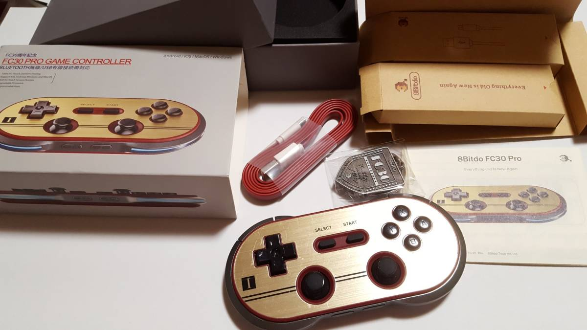 [美品] サイバーガジェット FC30 PRO GAME CONTROLLER コントローラー / Bluetooth / USB接続対応ゲームコントローラー 輸入正規品