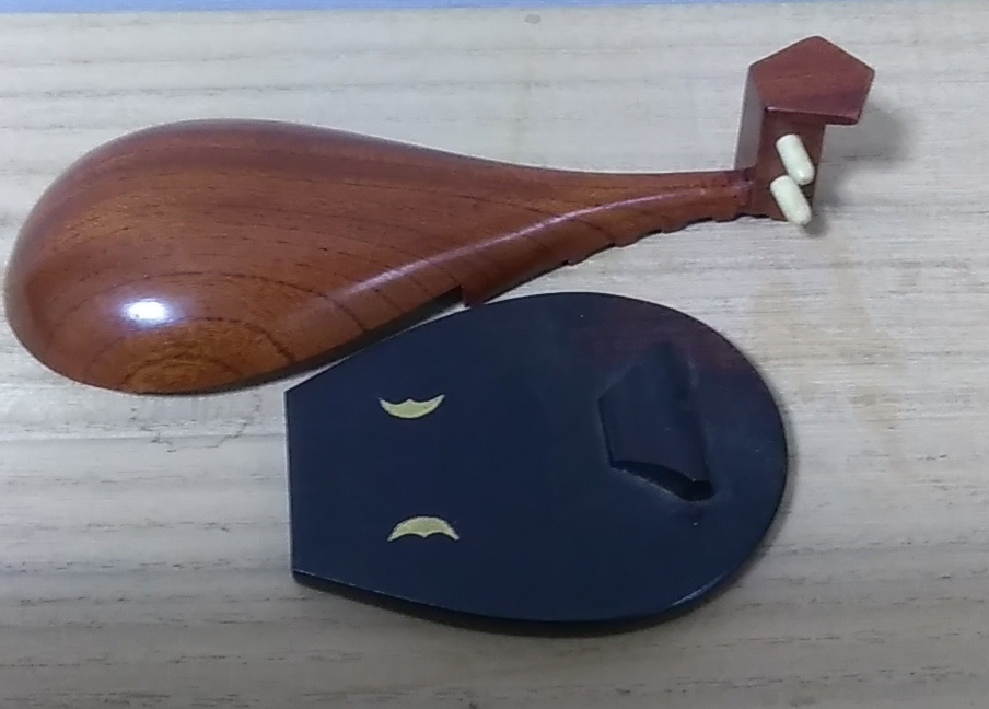 市川銕琅 作 木彫彩色 仙媒 琵琶形 香合 共箱 煎茶道具 古美術品 香道具_画像5