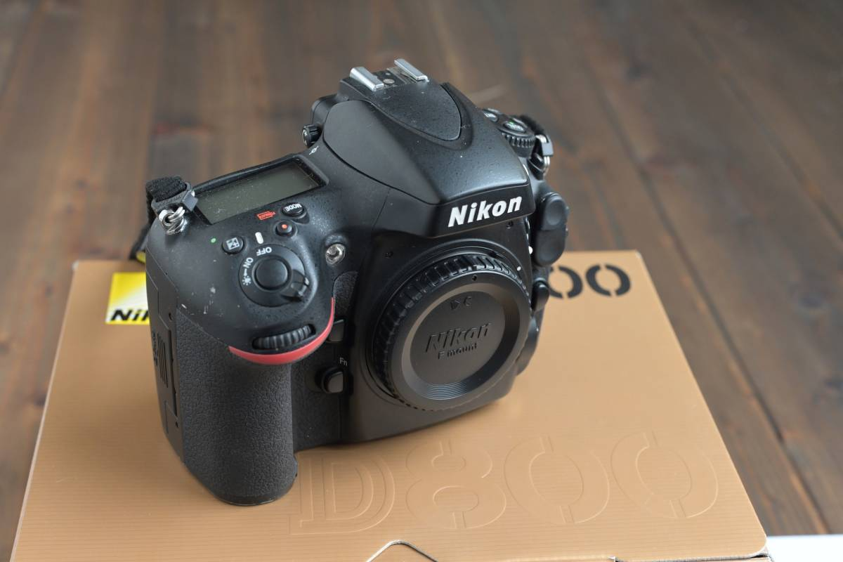 【送料込み】ニコン NIKON D800 ボディ ニコン修理センターで整備済み_画像2
