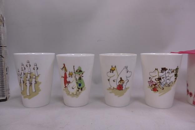 ムーミン シリコンカップカバー付き マグカップ リトルミイ +60周年記念 湯のみ 8個未使用品_画像2