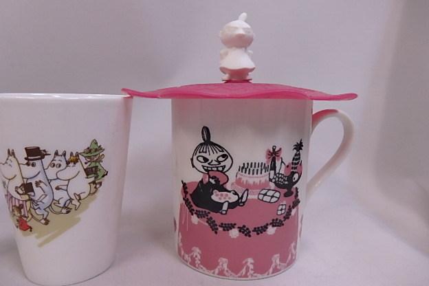 ムーミン シリコンカップカバー付き マグカップ リトルミイ +60周年記念 湯のみ 8個未使用品_画像3