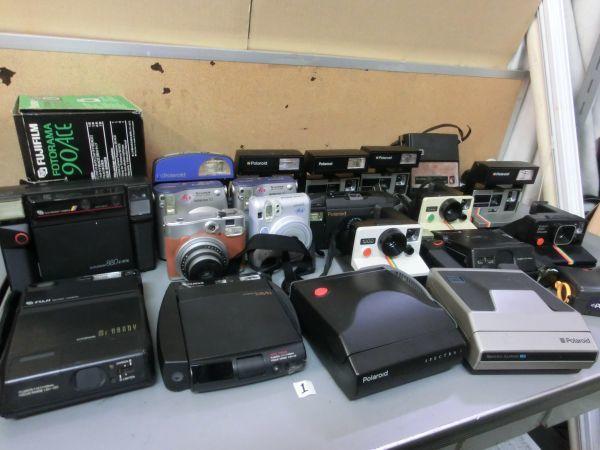 19G9 LN355 POLAROID FUJIFILM ポラロイド フジフィルム 等 フィルム カメラ 22台 まとめ売り 部品どりに ジャンク