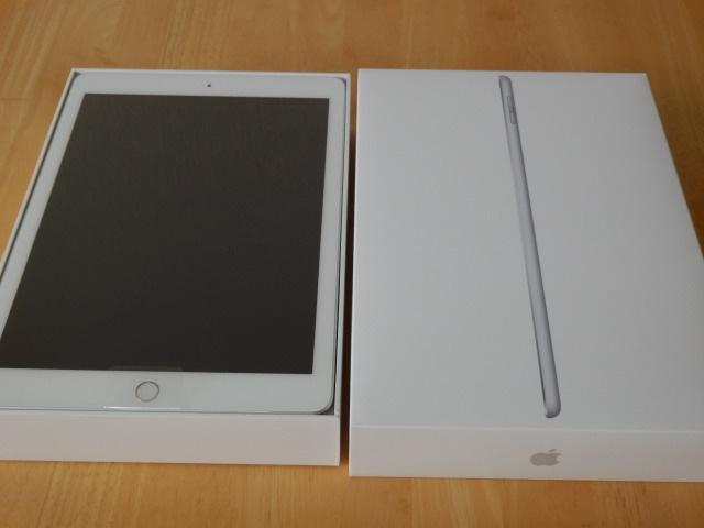 ★送料無料★新品・未使用 Apple iPad 9.7インチ Wi-Fiモデル 32GB MR7G2J/A シルバー 第6世代【国内正規品】