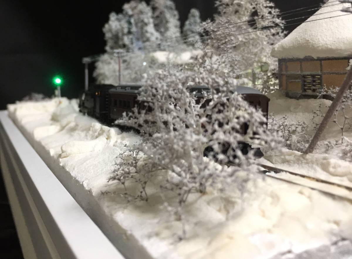 全自動車両往復走行展示台 ジオラマ 深雪 農家 液晶表示 リモコン操作 アクリルケース_画像10