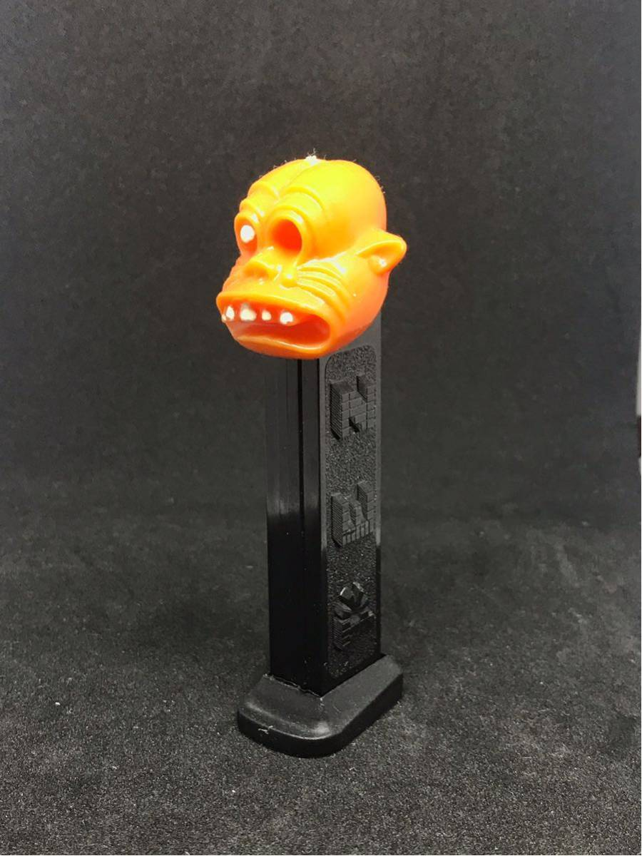 OLD PEZ ONE EYED MONSTER(白目)