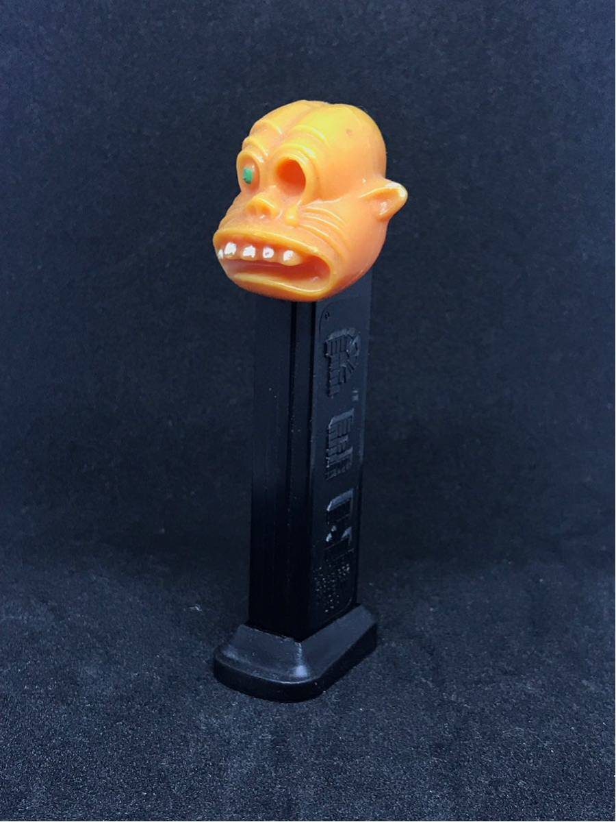 OLD PEZ ONE EYED MONSTER(緑目)