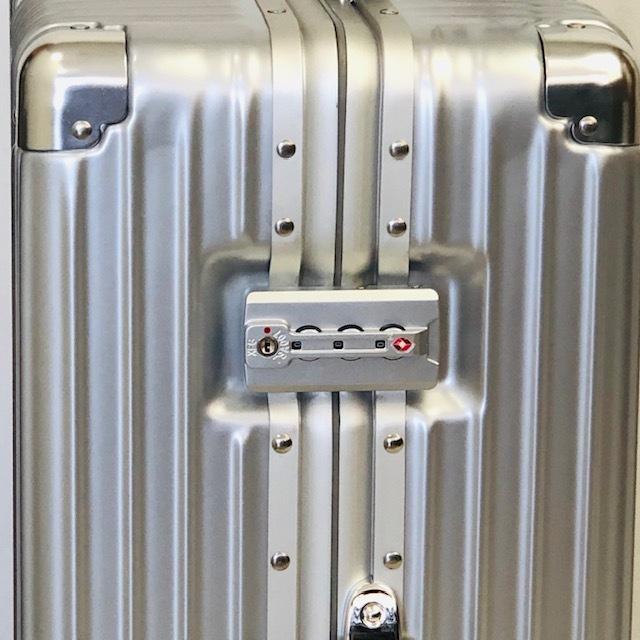 送料無料●1回使用●中古スーツケース大型67L●4輪キャリー●TSAロック●シルバー _画像5