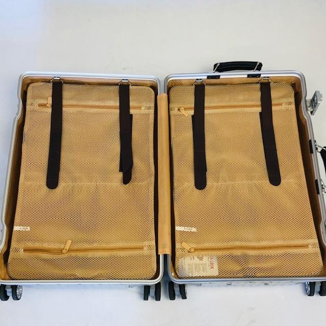 送料無料●1回使用●中古スーツケース大型67L●4輪キャリー●TSAロック●シルバー _画像7