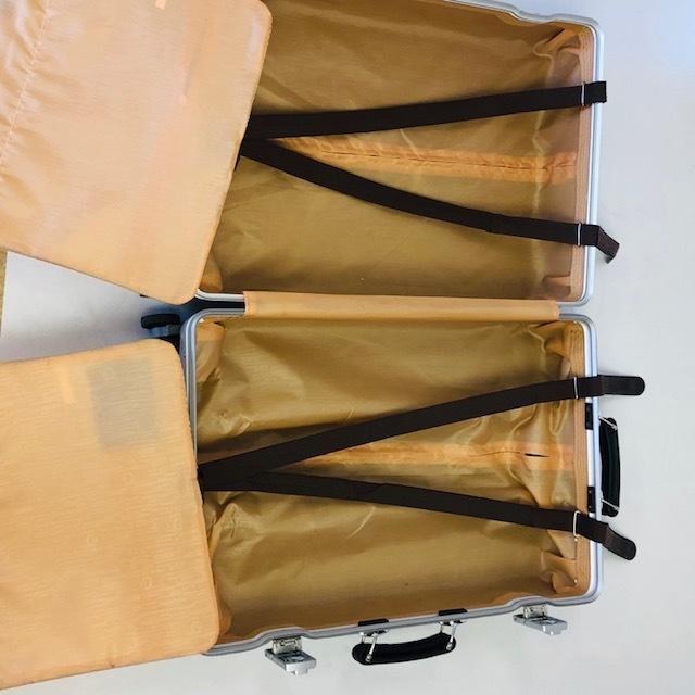 送料無料●1回使用●中古スーツケース大型67L●4輪キャリー●TSAロック●シルバー _画像8