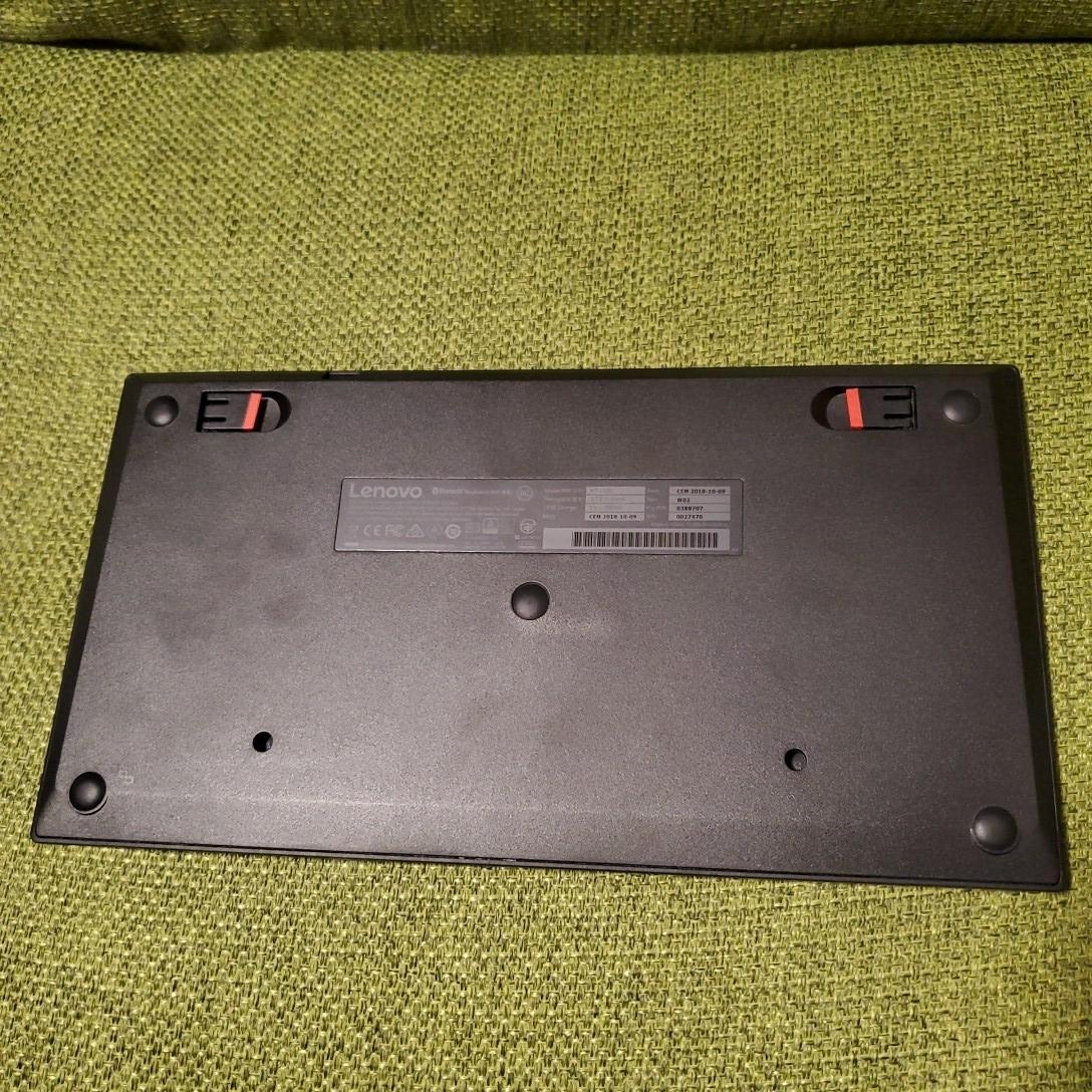 Lenovo ThinkPad ワイヤレスキーボード Bluetooth _画像2