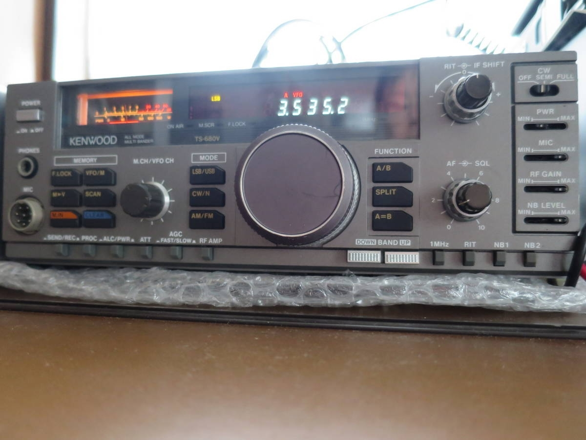 送料無料 中古 ケンウッド製HF/50MHZトランシーバー TS680V(100W改造)ゼネカバ―と電源PS50