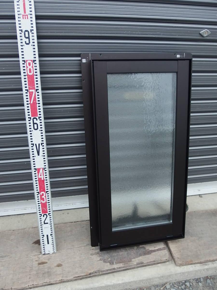 在庫品 アルミサッシ LowE 型 ペアガラス 横すべり出し窓 オペレーター 03607 網戸 ブラック_画像2