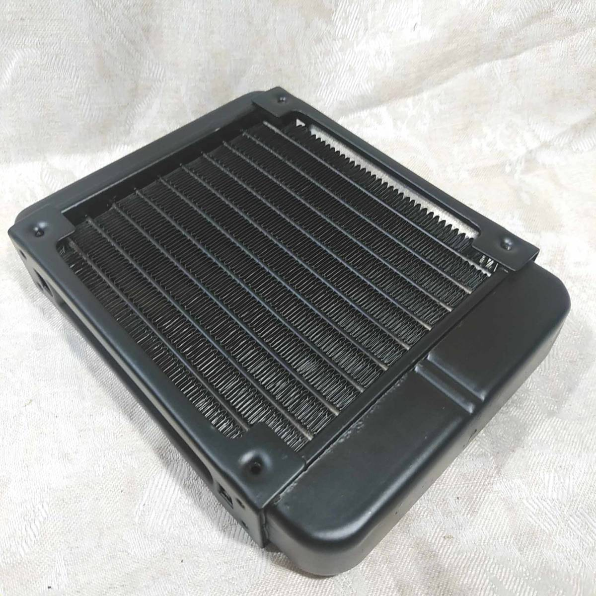 新品 水冷PC用ラジエーター 120mmヒートシンク 配管10本 _画像7