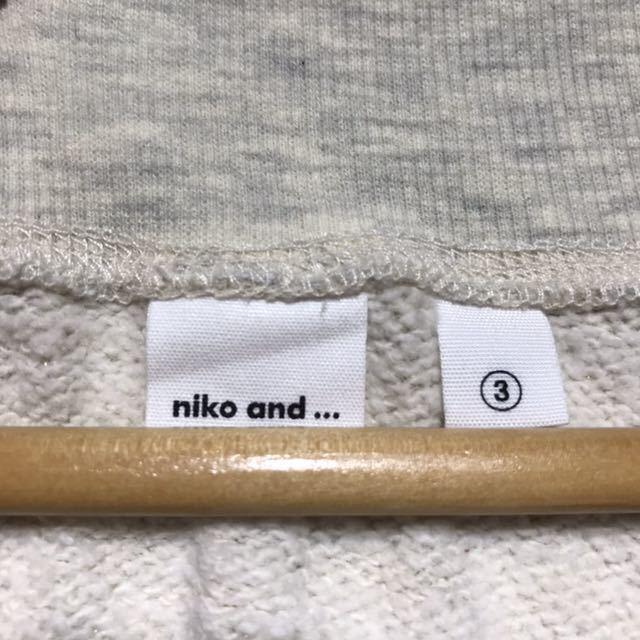 niko and ニコアンド 5分丈ラメスウェット サイズ3