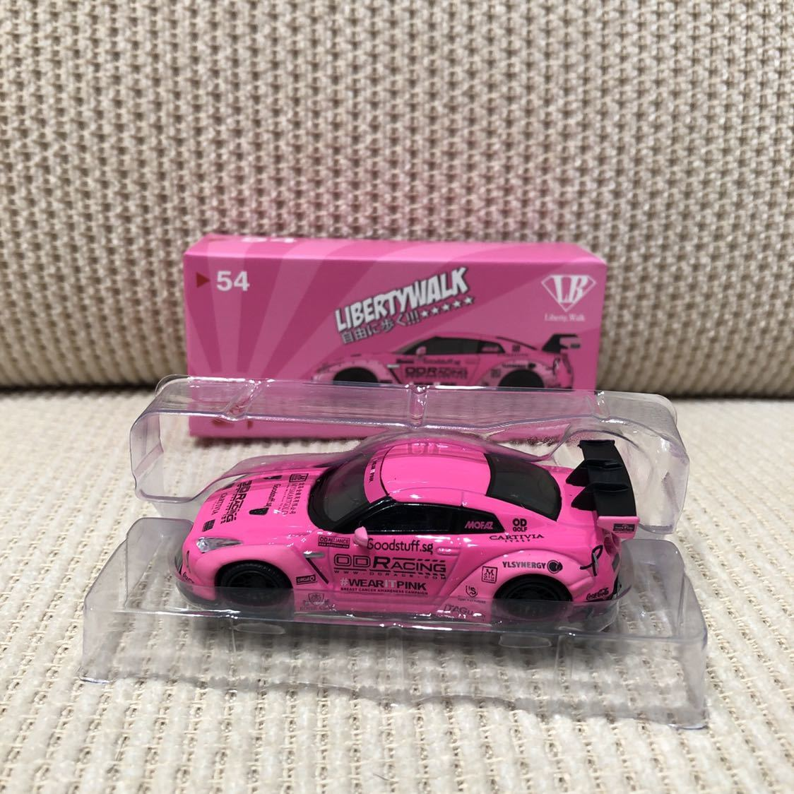 TSM MINI GT 1/64 リバティーウォーク ニッサン GT-R R35 Type1 Rear wing Ver.1 LB WORKS 限定 レア ピンク Pink MGT00054 マレーシア限定